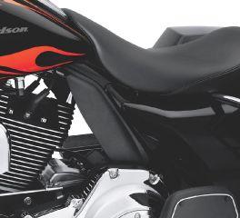 Harley-Davidson® Mid-Frame Air Deflector 58002-09A