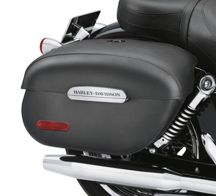 Harley-Davidson® Rigid Locking Leather Saddlebags 91615-09A