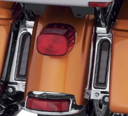 Harley-Davidson® Electra Glo Keystone Auxiliary LED Run/Brake/Turn Lamps 67800589A