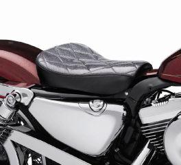 Harley-Davidson® Metal Flake Solo Seat 52000051