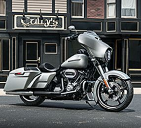2019 Street Glide Special 4
